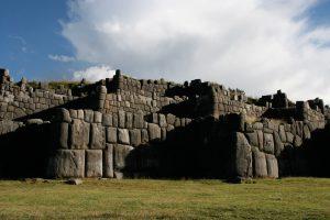 sacsayhuaman_walls
